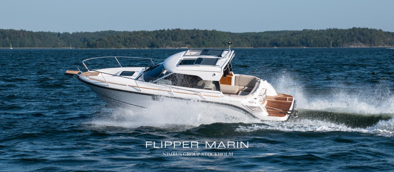 Aquador 25 HT med Mercury inombordare V6-250 hk hos Flipper Marin