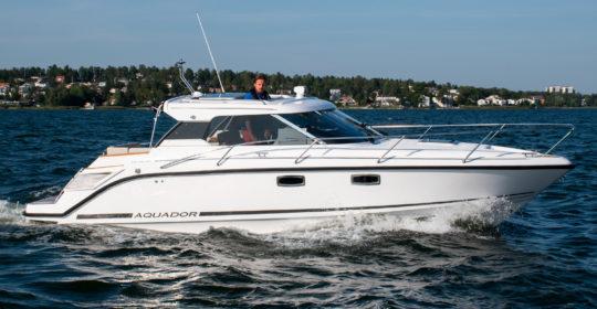 Aquador 28 HT med V6 diesel 2020