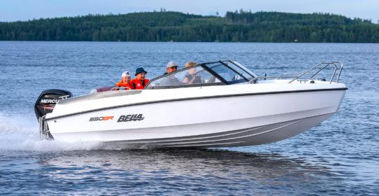 Bella 550 BR med Mercury F100 EFI