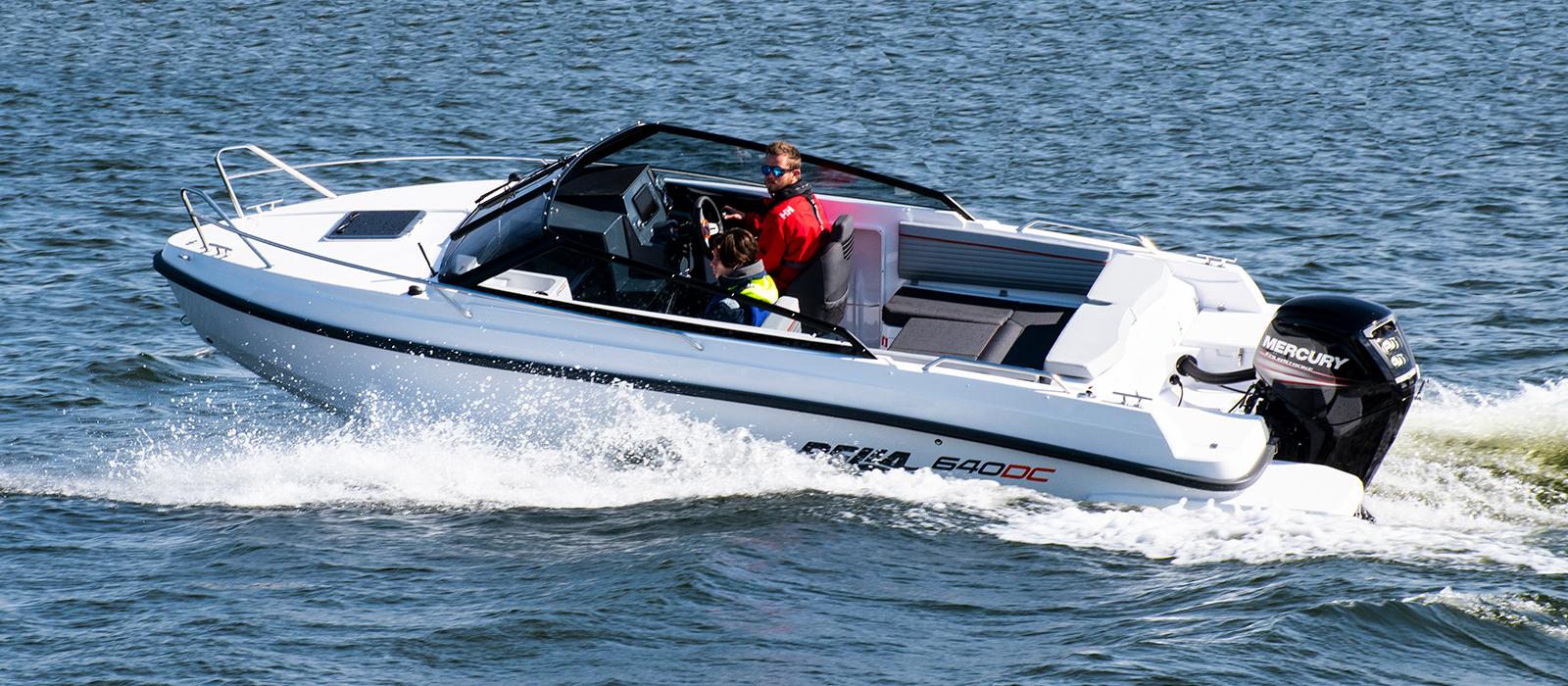 """Bella 640 DC med Mercury F150 EFI, utsågs till """"Årets campingbåt"""""""