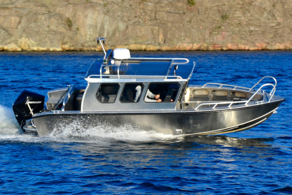 Provkör Alukin C 750 hos Flipper Marin i Täby/Stockholm
