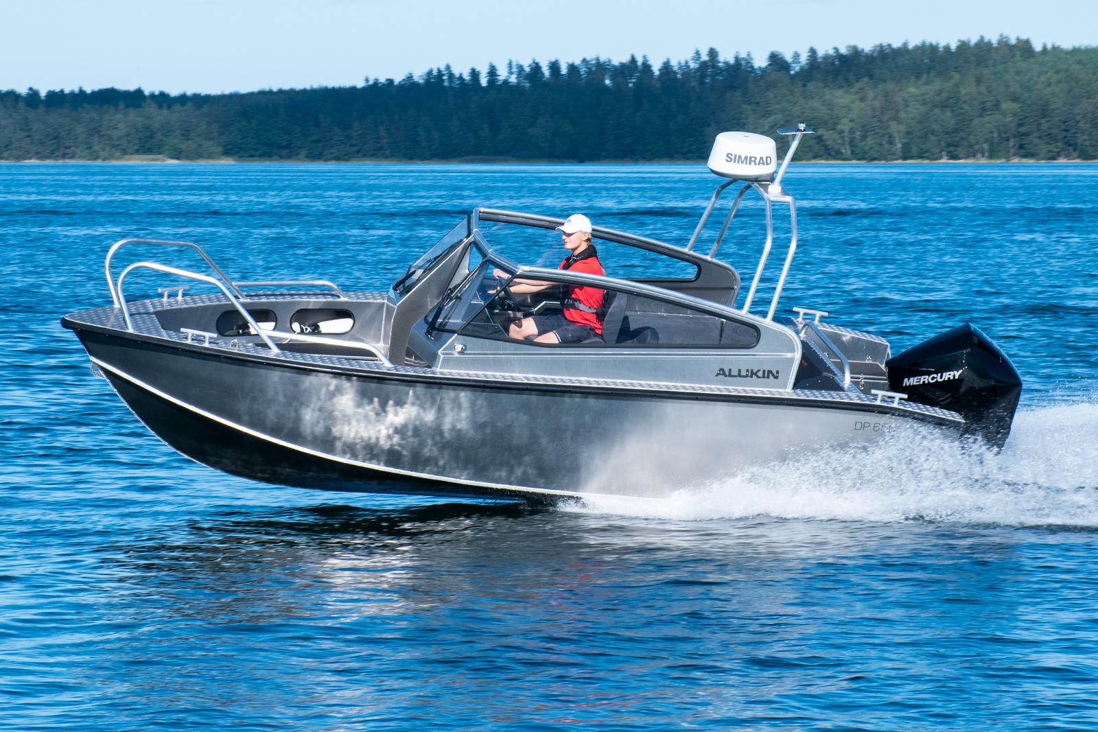 Alukin DP 650 med Mercury V6-200 DTS